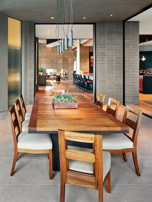 后现代风格别墅室内精致餐厅装修效果图赏析