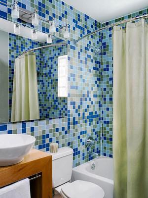地中海风格两居室卫生间马赛克瓷砖装修效果图