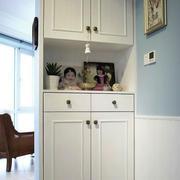现代美式风格两居室玄关鞋柜设计装修效果图