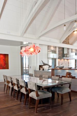 后现代风格精美餐厅吊灯设计装修效果图
