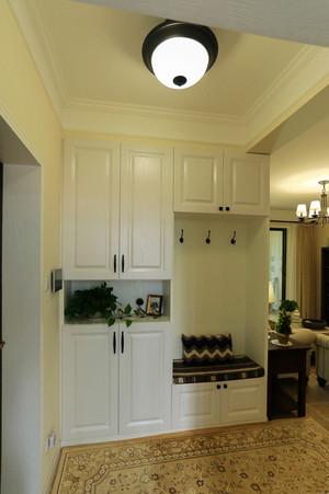现代美式风格玄关衣柜设计装修效果图