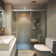 现代简约风格两居室卫生间淋浴房装修效果图