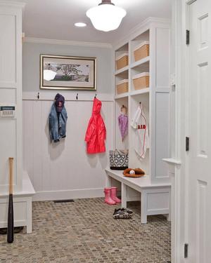 北欧风格纯情白色玄关鞋柜设计装修效果图