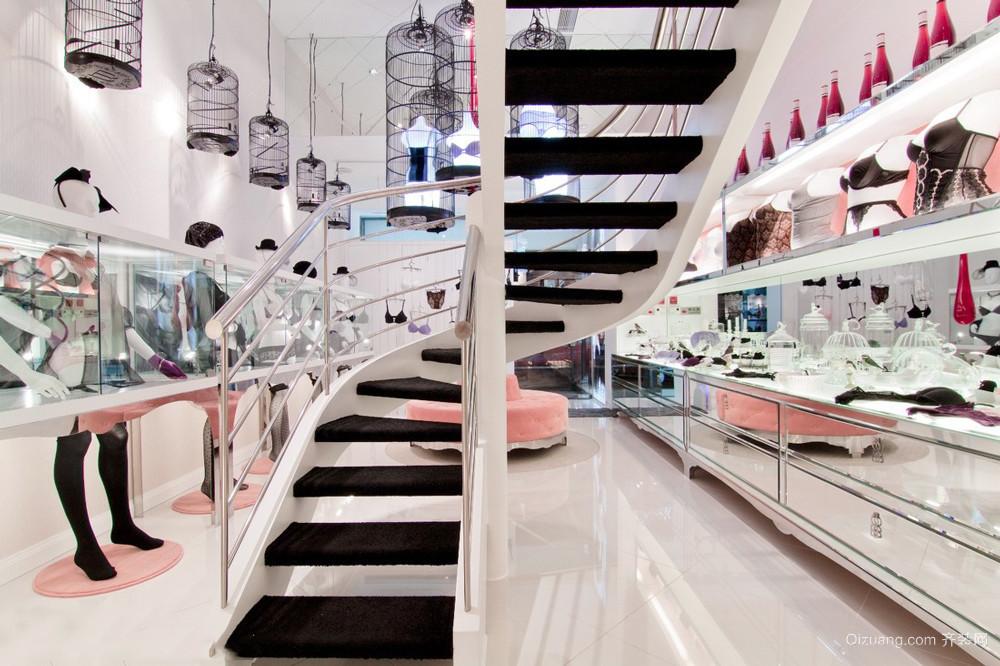 135平米现代简约风格服装店设计装修效果图