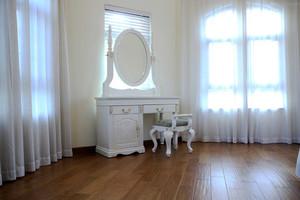 欧式风格卧室梳妆台设计装修效果图