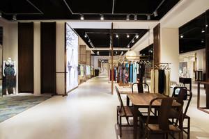 200平米中式风格古色古香服装店设计装修效果图