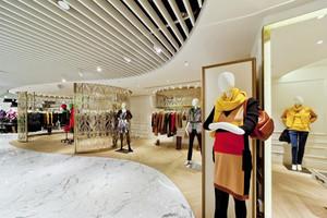 360平米现代简约风格服装店设计装修效果图