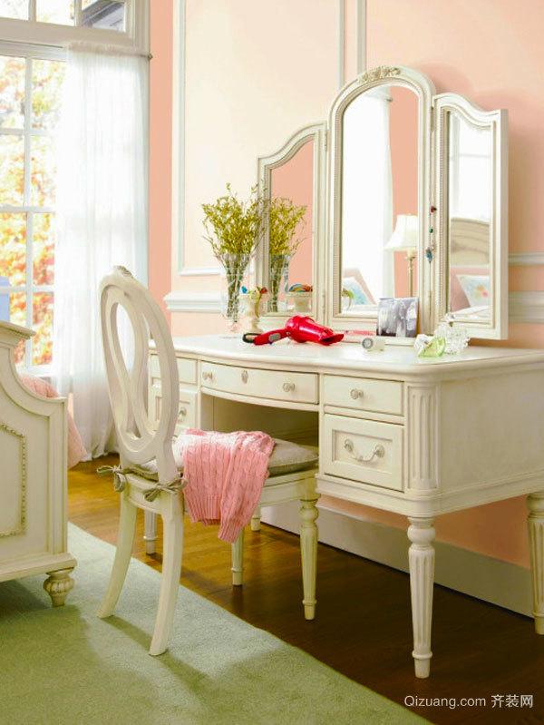 欧式风格室内精美卧室梳妆台设计装修效果图