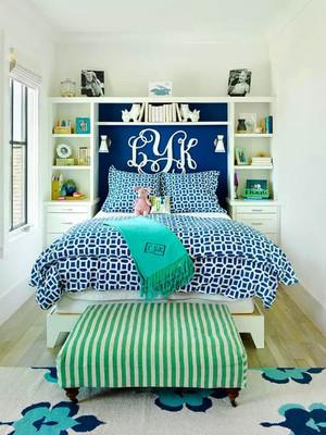 地中海风格小户型清新卧室背景墙装修效果图