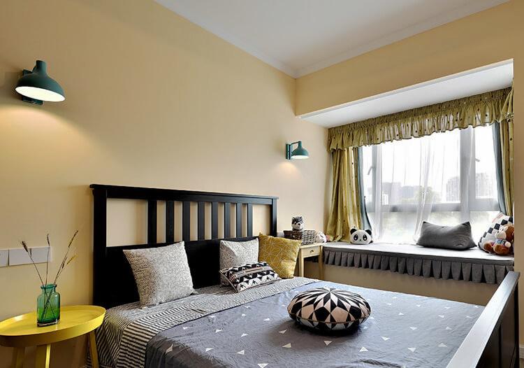 现代简约美式风格卧室飘窗设计装修效果图赏析