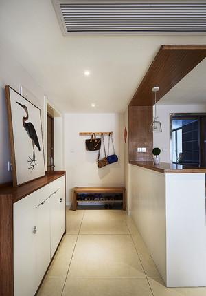 现代风格大户型室内玄关隔断设计装修效果图