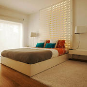 现代风格简约温馨卧室背景墙装修效果图