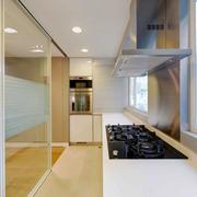 现代风格大户型室内厨房隔断设计装修效果图