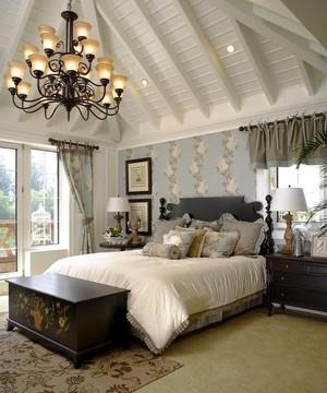 欧式风格别墅室内典雅卧室吊顶设计装修效果图