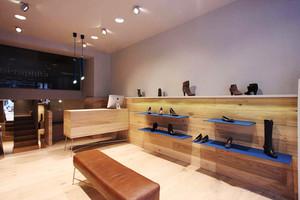 40平米乡村风格鞋店设计装修效果图赏析