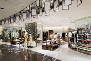 300平米简欧风格时尚服装店设计装修效果图赏析