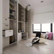 12平米现代风格榻榻米卧室装修效果图