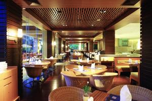 90平米异域风情东南亚风格餐厅装修效果图