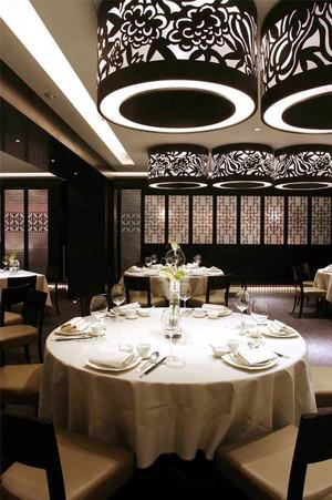 100平米新中式风格餐厅古韵吊灯设计装修效果图