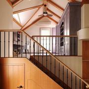 现代美式风格跃层楼梯装修效果图赏析