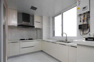 现代简约风格整体厨房装修效果图