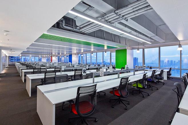 160平米现代简约风格办公室装修效果图赏析