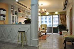 美式田园风格精致客厅隔断设计装修效果图