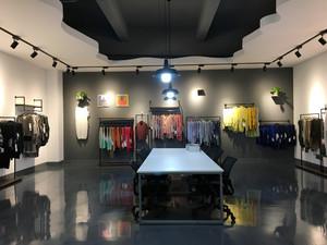 100平米后现代风格服装店装修效果图赏析