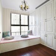现代简约美式风格室内榻榻米卧室装修效果图