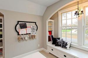 白色美式风格大户型室内飘窗设计装修效果图
