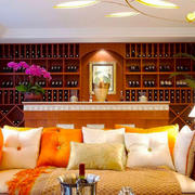 异域风情东南亚风格客厅沙发背景墙装修效果图