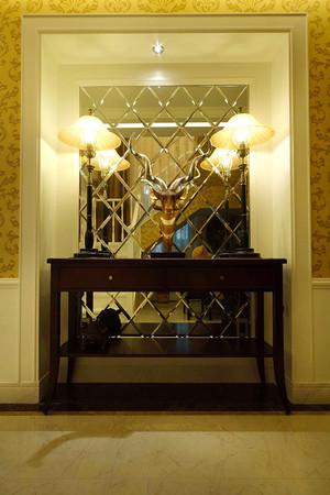 奢华古典欧式风格别墅室内装修效果图案例