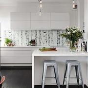 北欧风格小户型厨房吧台装修效果图赏析