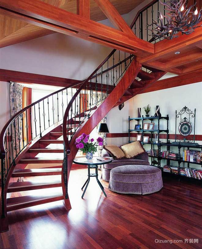 古典欧式风格复式楼楼梯装修效果图赏析