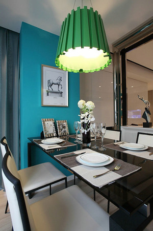 时尚混搭风格大户型精美餐厅吊灯装修效果图