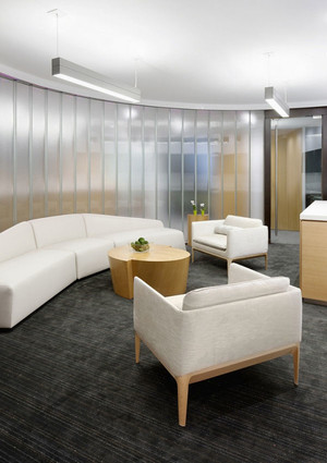 30平米现代风格办公室休息室装修效果图赏析