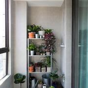 现代风格封闭式阳台花园设计装修效果图