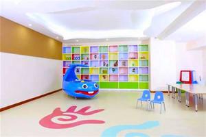70平米现代简约风格幼儿园教室环境布置装修效果图