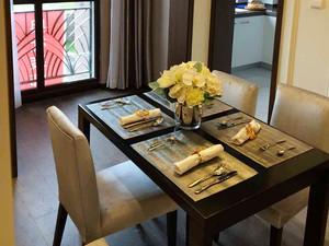 78平米现代风格简装两室两厅室内装修效果图案例