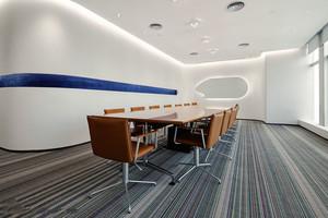 116平米现代简约风格会议室吊顶设计装修效果图