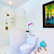 现代简约风格小卫生间淋浴房设计装修效果图