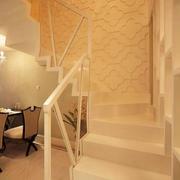 现代风格创意复式楼梯设计装修效果图