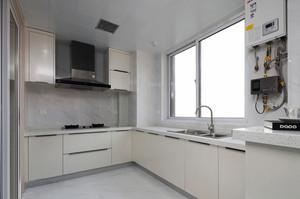 现代简约风格精致整体厨房装修效果图欣赏