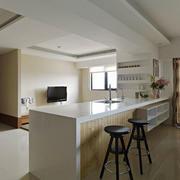 现代风格大户型简约白色客厅吧台设计效果图