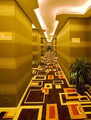 400平米现代风格酒店过道设计装修效果图赏析