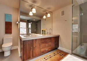 现代风格大户型卫生间浴室柜设计装修效果图