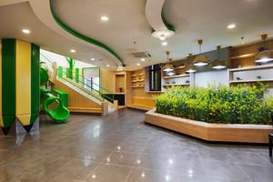 100平米现代简约风格幼儿园游戏区装修效果图