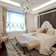 欧式风格简约卧室背景墙装修效果图赏析