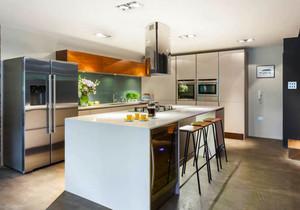 现代风格大户型精致开放式厨房吧台设计效果图