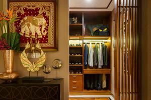 中式风格古典雅致衣帽间设计装修效果图